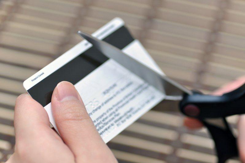 台灣以VISA、Mastercard及JCB三家信用卡組織為主。示意圖/ingimage