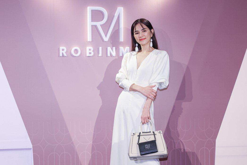 ELLA出席ROBINMAY時尚沙龍派對。記者沈昱嘉/攝影