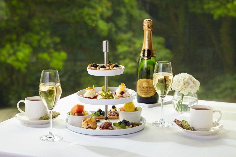 「The Chapter Café微醺花園雙人下午茶」以頂級魚子醬、乳酪女王及手...