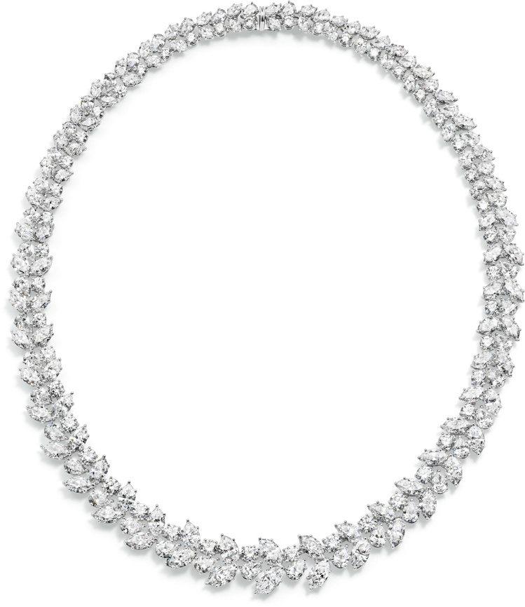 陳靜配戴的Harry Winston鑽石項鍊,鑽石合計超過47克拉,價值初估破千...