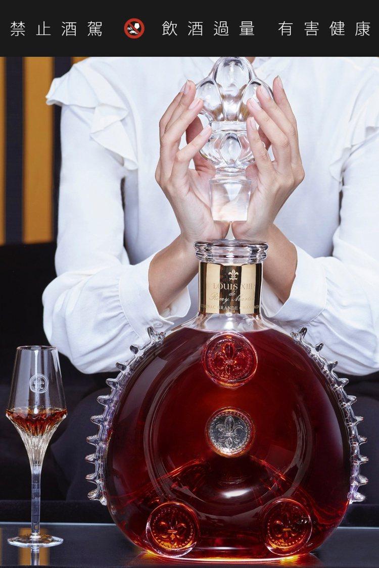 路易十三3公升至尊瓶。圖/路易十三提供。提醒您:禁止酒駕 飲酒過量有礙健康。