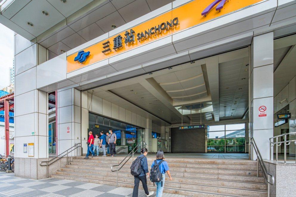圖說:「連美One+」鄰近三重站,享有新蘆線與機場捷運的便利性!