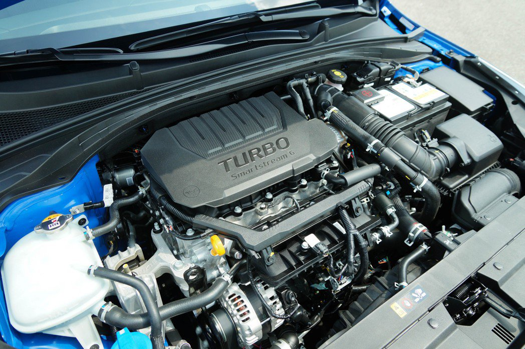 1.5 Smartstream Turbo GDi四缸渦輪增壓汽油引擎,能輸出1...
