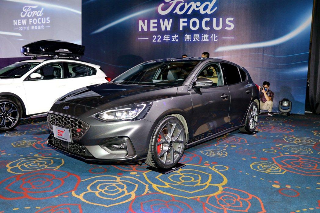 New Ford Focus ST 6MT。 記者陳威任/攝影