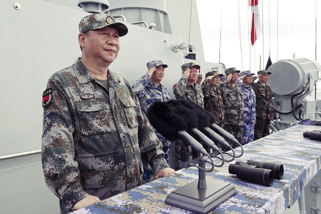 「中國有時強逼他國做出的行為,流於枝微末節,正凸顯中國想要透過其近乎巴甫洛夫式制...