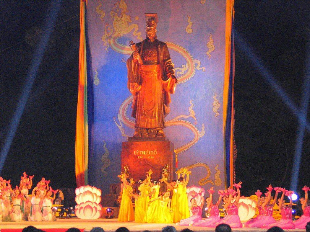 中國「朝貢體制」的遺緒,不只隱伏在中國大陸人心中,也隱伏在許多東南亞人心裡。圖為...