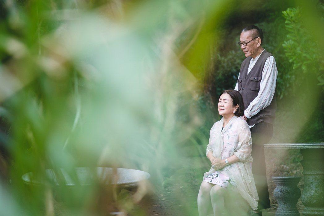 龍劭華演出「老姑婆的古董老菜單」劇照。圖/華視提供