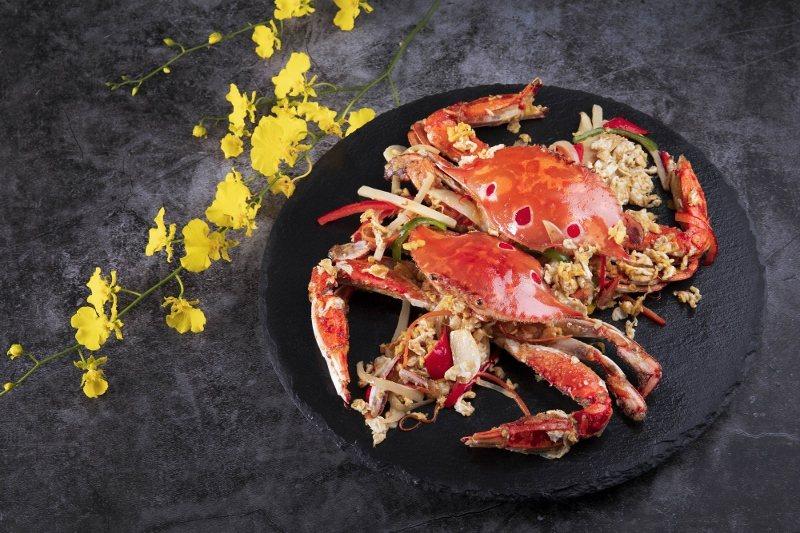 濃濃台式風情的「台式洋蔥桂花蟹」。 業者/提供