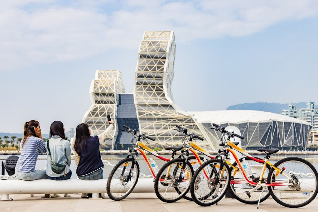 福容大飯店高雄店推出「BIKE雄讚,扭轉騎蹟」專案。圖/高雄福華飯店提供