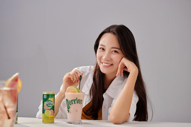Perrier & Juice法國沛綠雅檸檬芭樂氣泡綜合果汁,以天然果汁、酸甜風味與清新氣泡,交織出今年最獨特的味蕾新體驗。圖/沛綠雅提供。