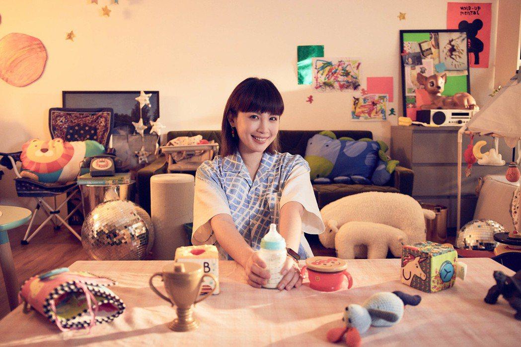 魏如萱透過新歌「變形金剛」表達為母則強的心境。圖/何樂音樂提供
