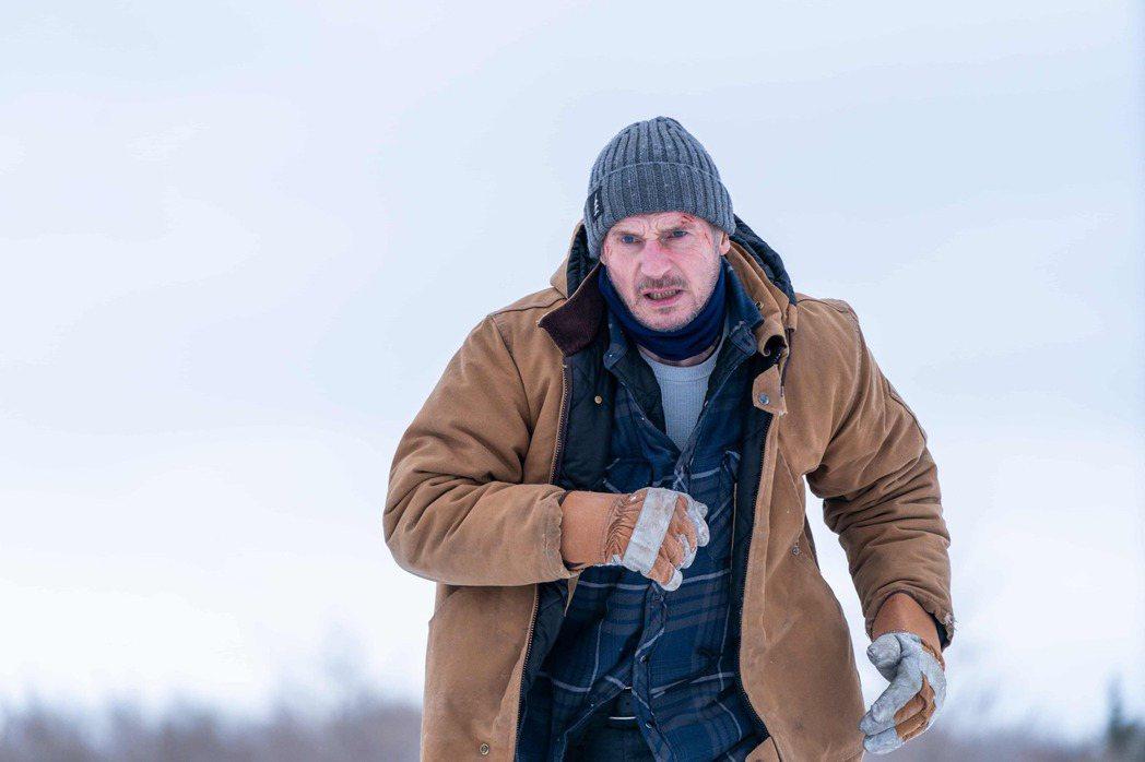 連恩尼遜「疾凍救援」。圖/甲上提供