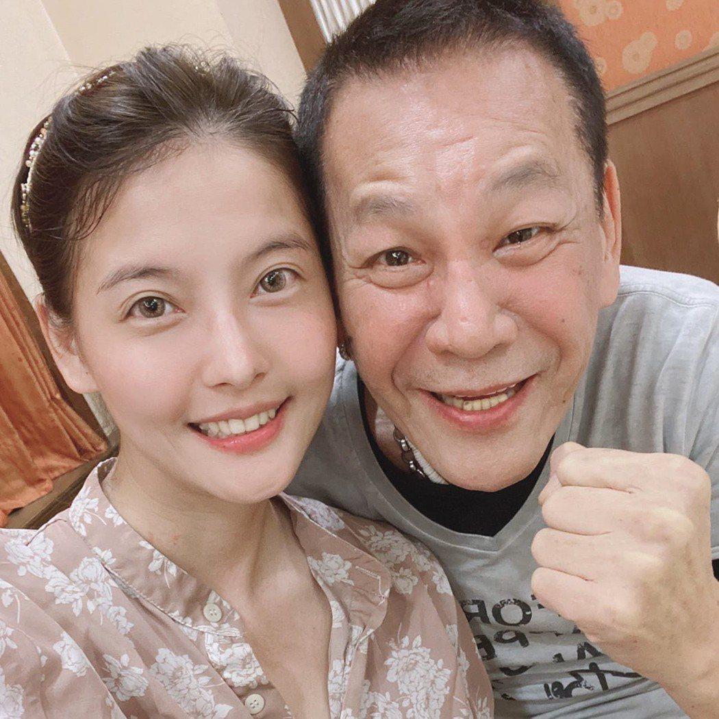 王樂妍在新戲中飾演龍劭華的女兒。圖/超級紅娛樂