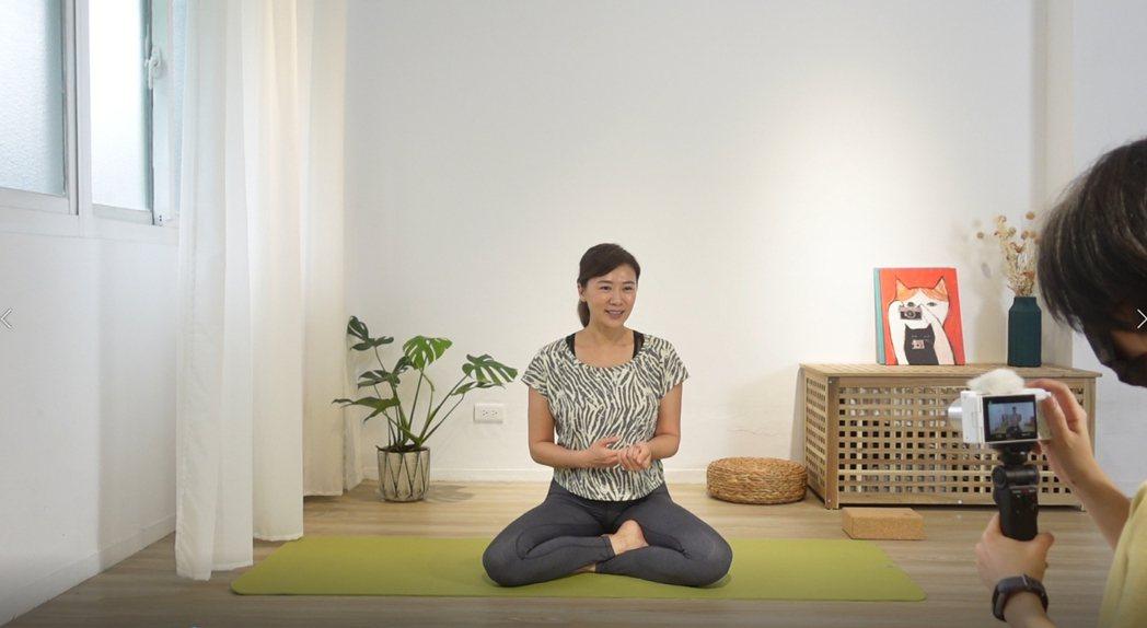 連靜雯將推出全新專欄「瑜珈之靜」。圖/楠軒工作室提供