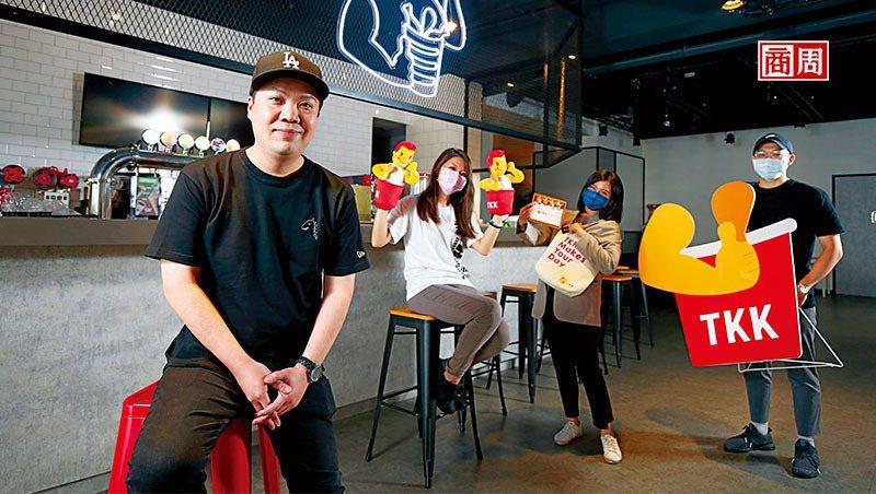 頂呱呱副總經理史宗岳(左1)(攝影者.駱裕隆)