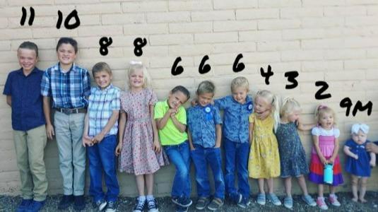 11孩子大家庭,明年將迎來第12孩子。圖/取自Instagram