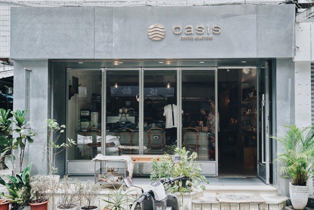 綠洲咖啡位於大安區鬧中取靜的巷弄。 圖/沈佩臻攝影