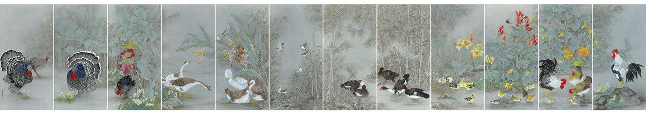 邱素美工筆畫作品《鄉間清趣》,12連屏組合樣貌,標示尺寸816x136cmx12...