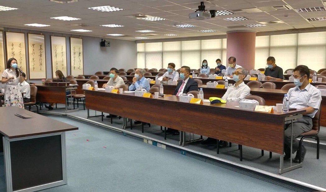台灣儲能系統產業推動聯盟會員代表大會。 電電公會/提供