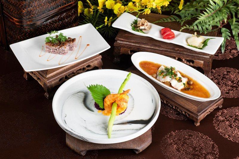 雍翠庭黃金海大蝦套餐。 北投麗禧/提供