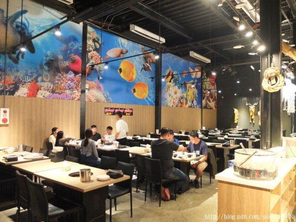 在「小琉球燒肉王」吃燒烤不用擔心蚊蟲叮咬的問題,目前島上唯一一間室內有冷氣吹的燒烤店。