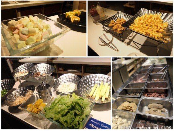「小琉球燒肉王」的BBQ多達50-60種的碳烤、海鮮及自助百匯讓客人盡情挑選享用。依季節不同還會推出限定食材唷!