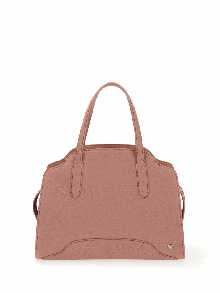 Sesia精緻玫瑰色啞光粒面皮革中型手提包,12萬9,700元。圖/Loro P...