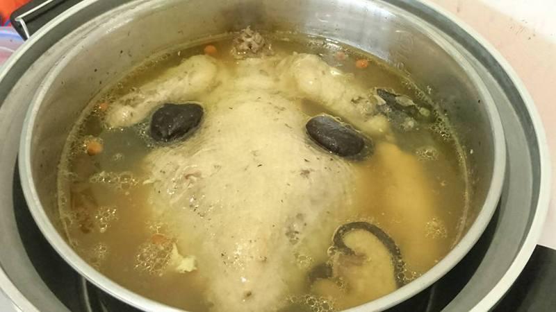 圖為香菇雞湯示意圖,非新聞當事湯。記者陳俊智攝影/報系資料照