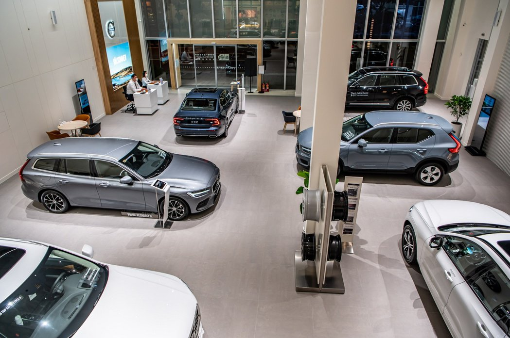 VOLVO匯勝汽車中華展示暨服務中心導入瑞典原廠 Volvo Retail Ex...