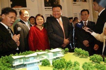 中國富豪昔日高調訪台搜地,而今人人自危安在哉?