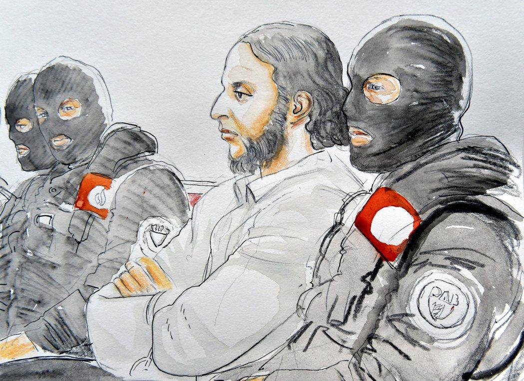 阿布都薩蘭獨自一人活了下來,並成功無礙地穿越了比法邊界,直到2016年3月18日...