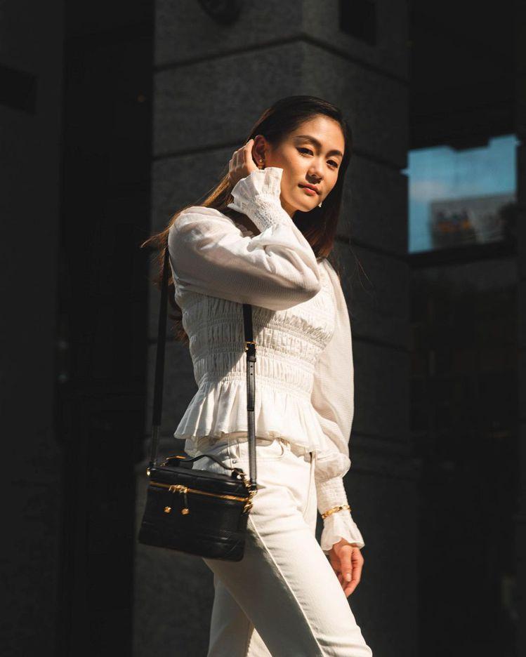 吳姿云私底下也喜愛觀察時尚新訊,她特別喜歡買包包、短褲。圖/取自IG