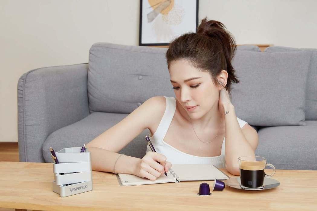 許瑋甯認為,享受Nespresso咖啡不僅僅是一種生活品味,也是永續行動的支持,...