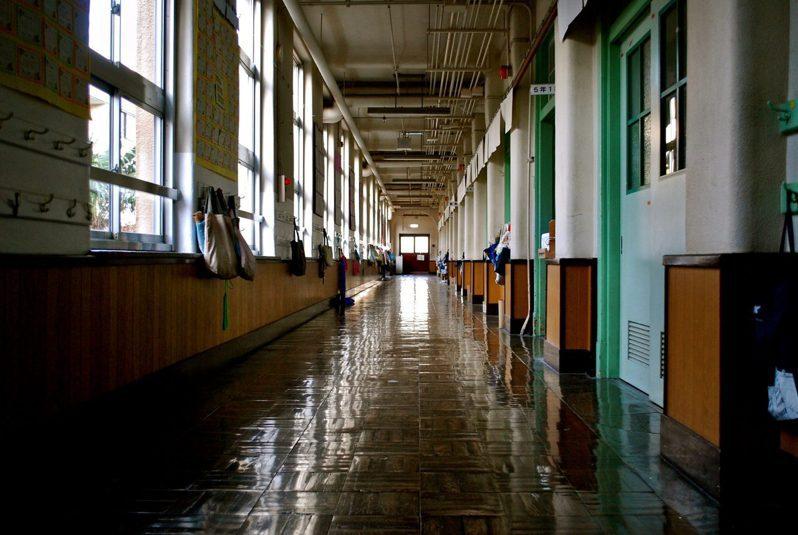 該不該「實體上課」? 校園防疫速度引討論。 圖片來源/unsplash