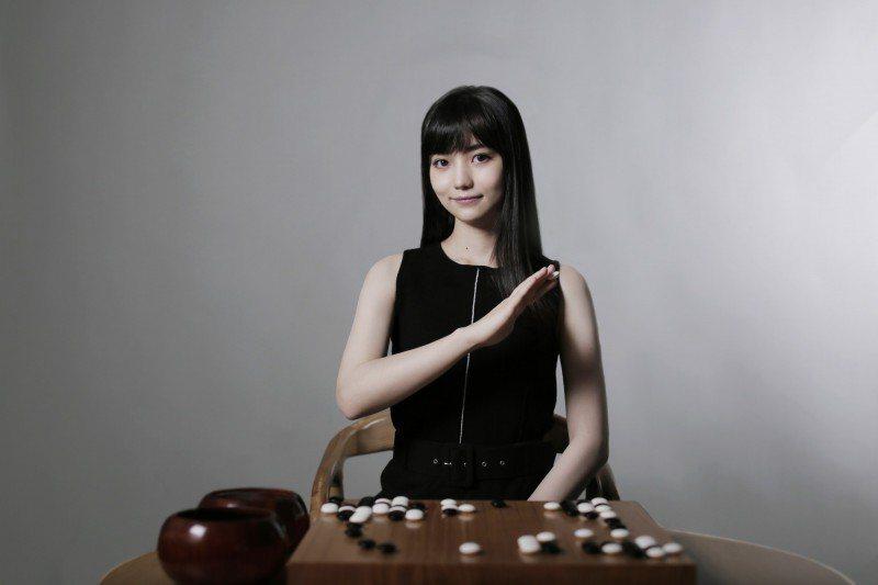 黑嘉嘉長相甜美。圖/黑嘉嘉圍棋教室提供