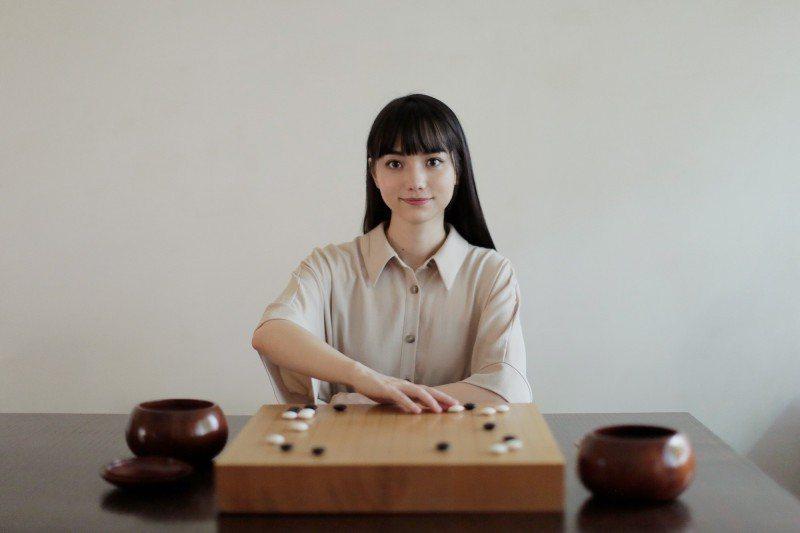 黑嘉嘉推出教學APP化身圍棋老師。圖/黑嘉嘉圍棋教室提供