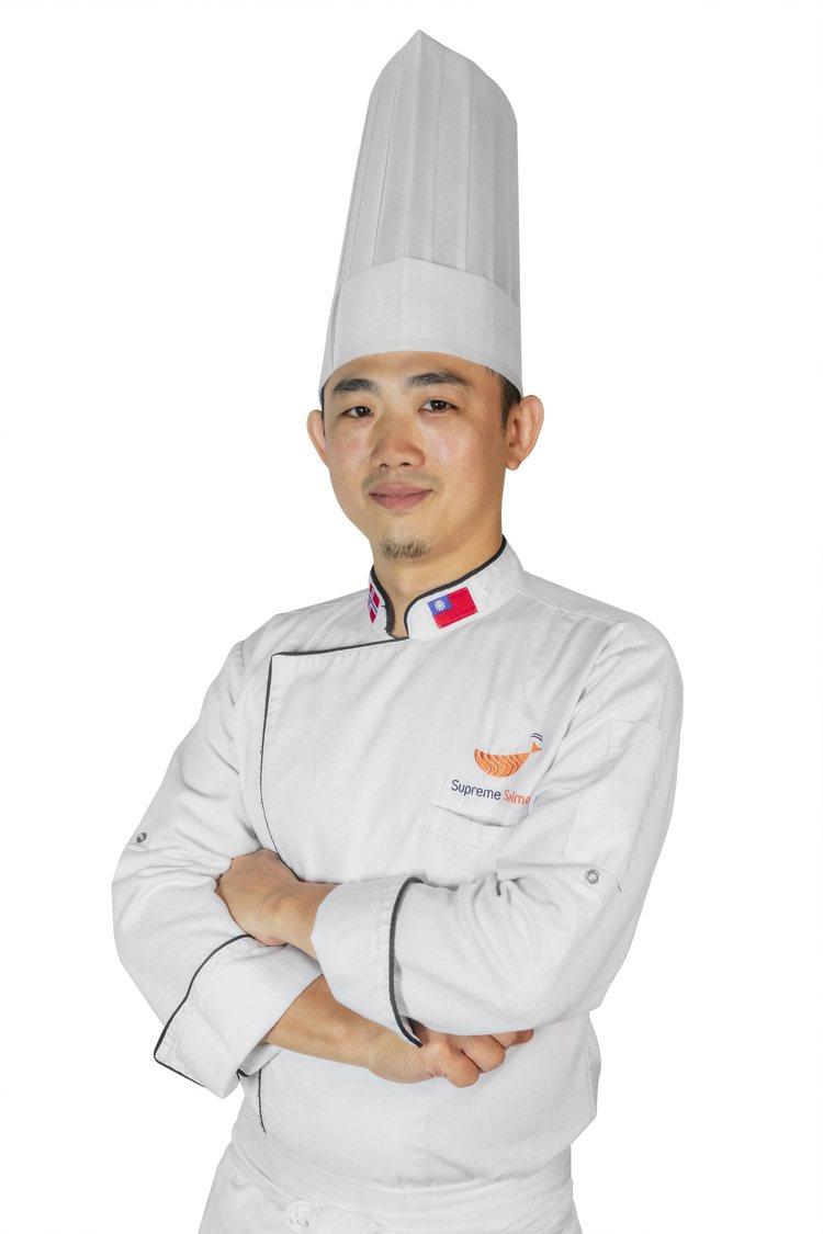 美威鮭魚研發主廚曾柏山,擁有豐富的日式料理背景。圖/美威鮭魚提供