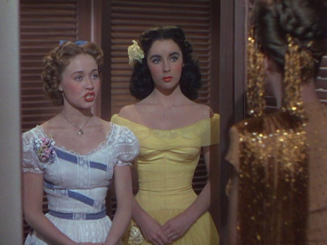 金鮑慧兒(左)在「玉女嬉春」中無論排名或戲份都高過伊麗莎白泰勒(右)。圖/摘自m...