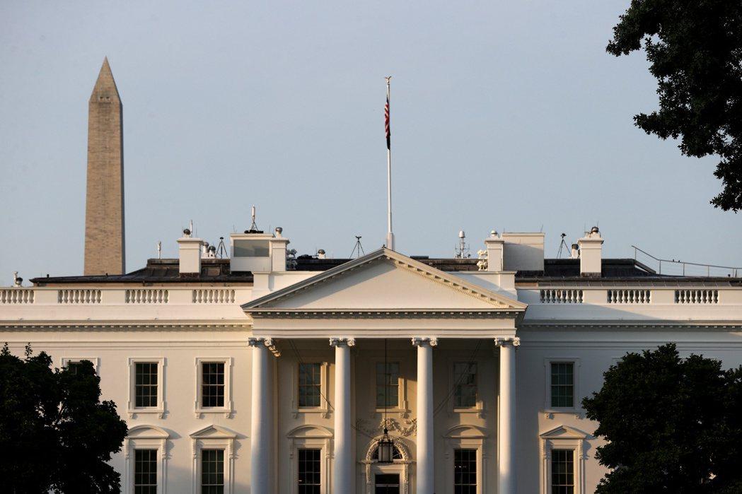 白宮17日向各州和地方政府說明債務違約的風險。路透