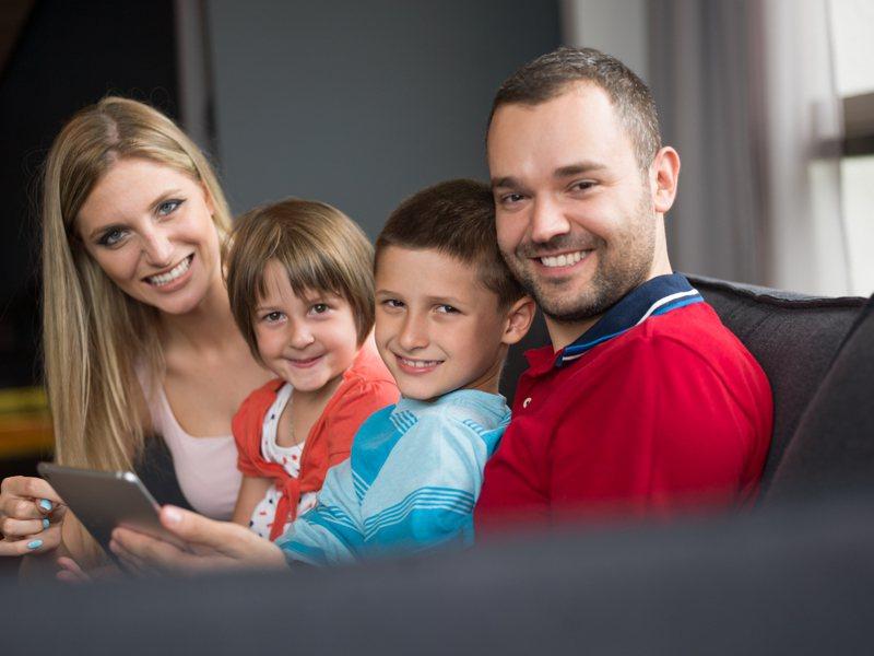 透過心理測驗,就能知道自己和父母有哪些相似之處。圖片來源/ingimage