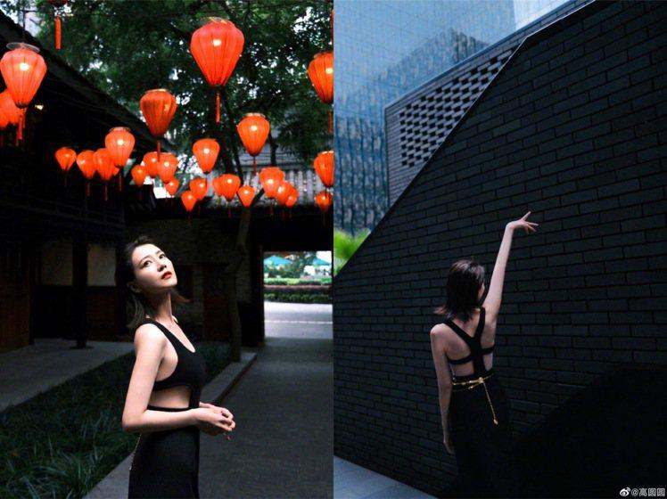 高圓圓在成都博舍酒店拍出美麗的背影、側身照。圖/取自微博