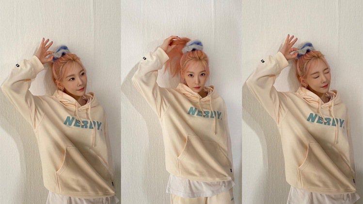 太妍代言韓國品牌NERDY的秋季系列服裝,以杏色、藍色搭襯'。圖/取自...