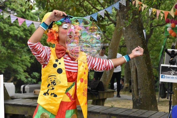 第二天活動將由熱評不斷的巨型夢幻泡泡與小丑氣球雜技進入活動高潮,邀請大朋友小朋友...