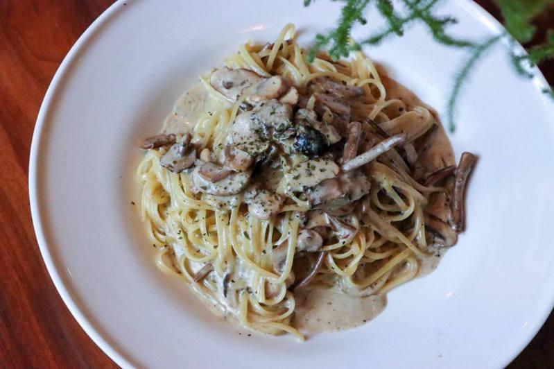 Circle Pasta 小圈子提供有多種不同口味的義大利麵。圖/擷取自Circle Pasta 小圈子粉絲頁