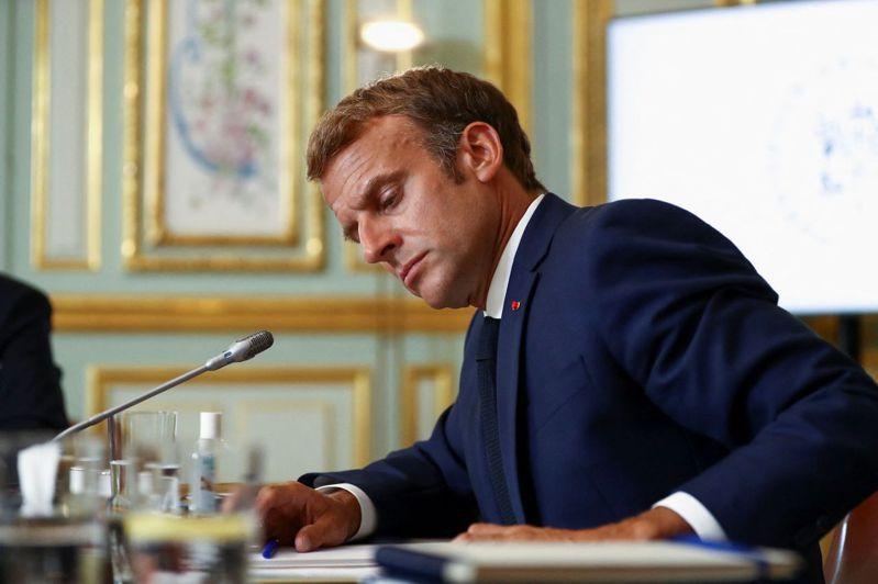 英媒報導稱AUKUS細節是在馬克宏不知情的情況下,在6月G7峰會上商定的。法新社