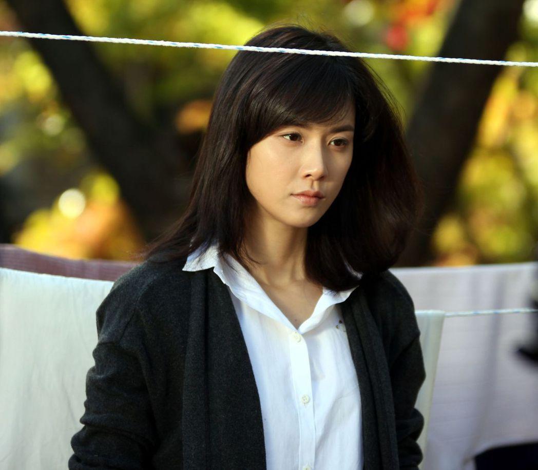 李寶英演出「我的女兒瑞英」迎來事業高峰,擺脫花瓶稱號。圖/中天娛樂台提供