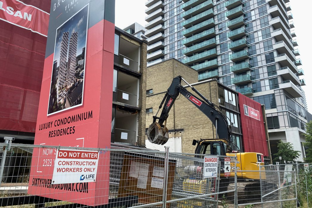 想在加拿大的大城市買間房子愈來愈難,也愈來愈貴。(路透)