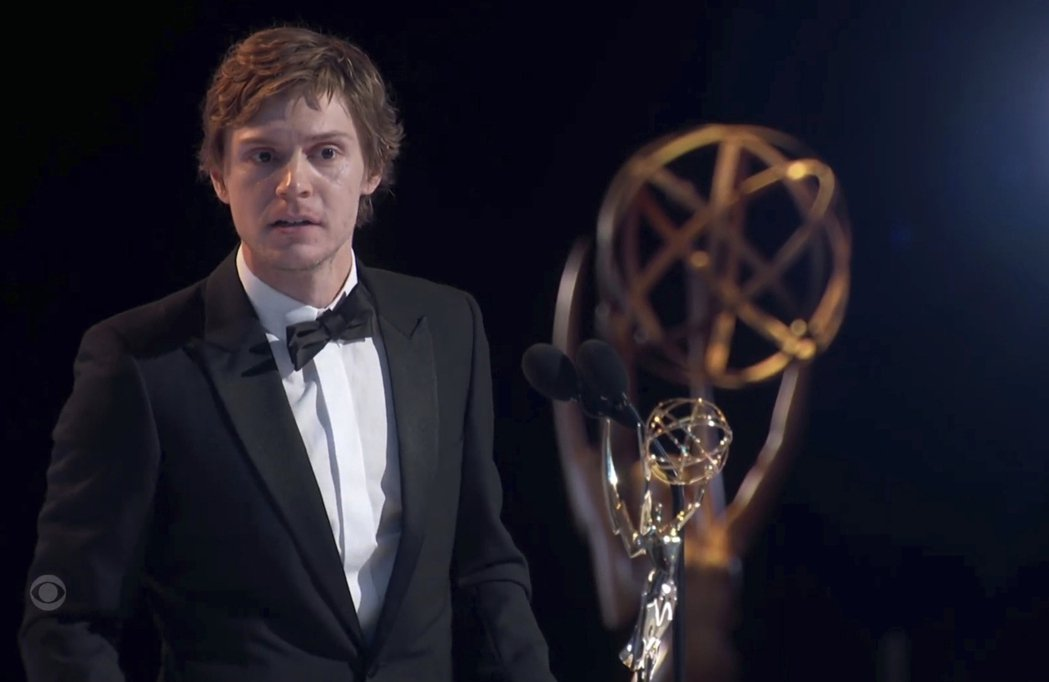 伊凡彼得斯獲最佳迷你影集男配角。 圖/美聯社