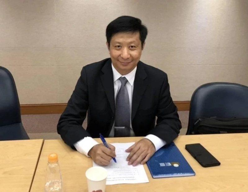 中華戰略前瞻協會研究員揭仲。圖/取自揭仲臉書網頁