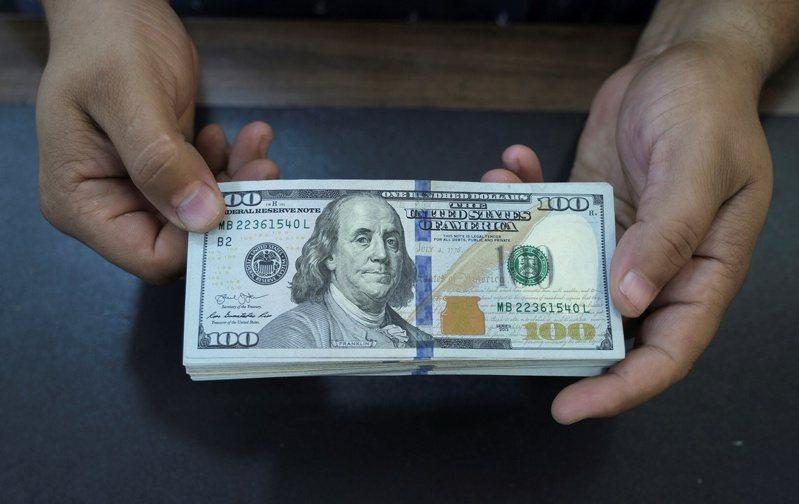 美國聯準會的「減碼年」即將到來,但真正讓經濟痛苦的會是財政支持方案的減縮。路透